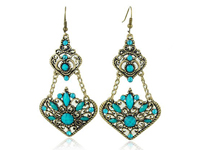 Earrings That Will Make You Sparkle In 2013